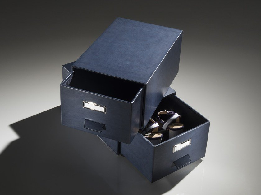 Imitation leather storage box ESTRAIBILE by Esemplareunico
