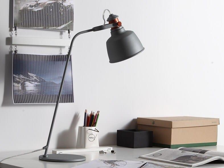 LED adjustable desk lamp ETEL | LED desk lamp by MUMOON