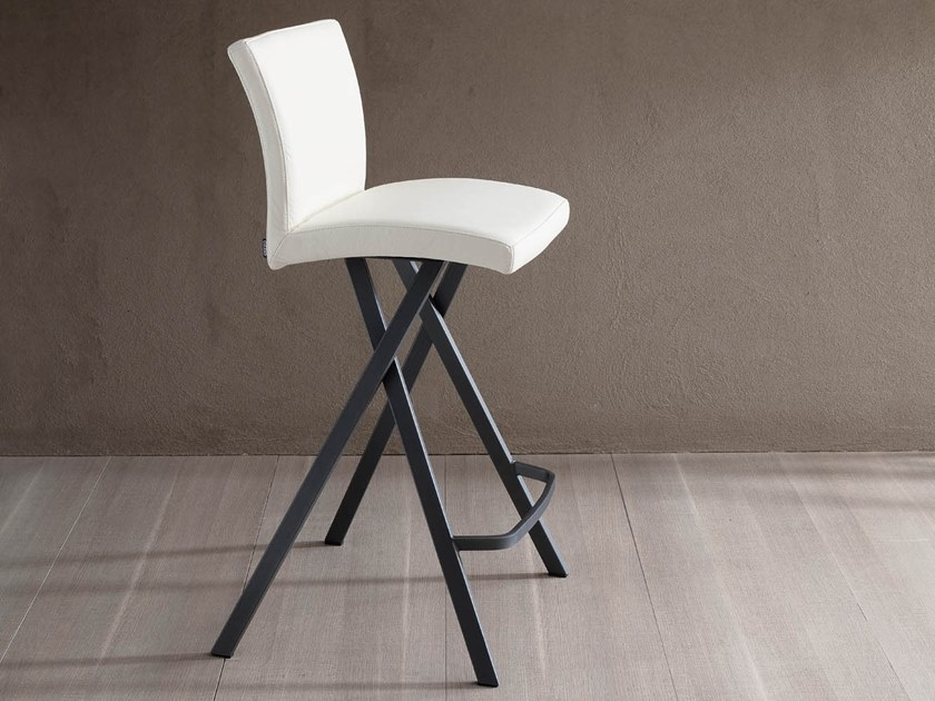 High upholstered leather stool ETIENNE by Ozzio Italia