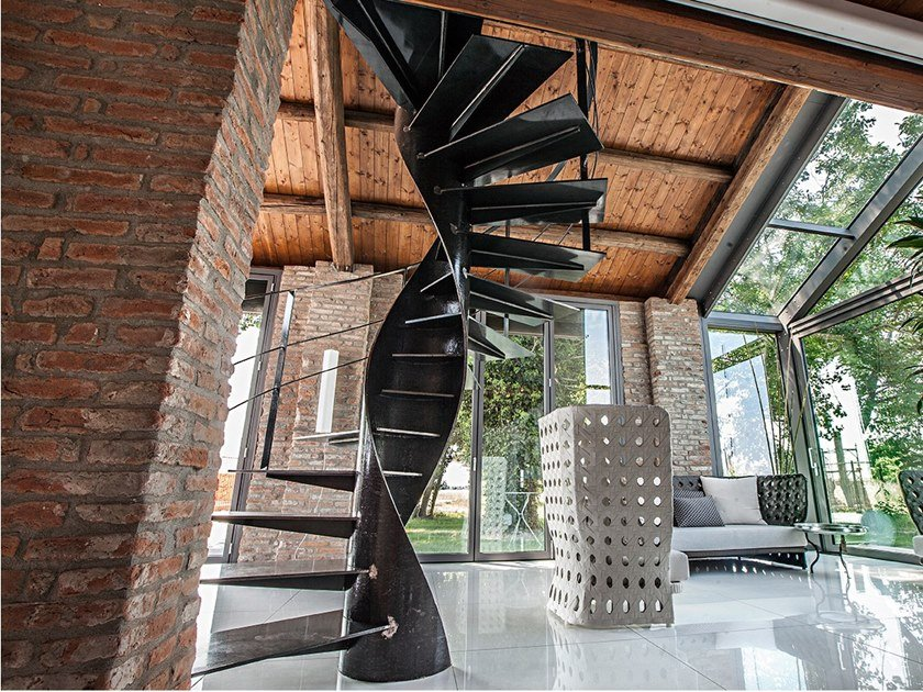 Helical metal Spiral staircase ETIKA by Officine Sandrini