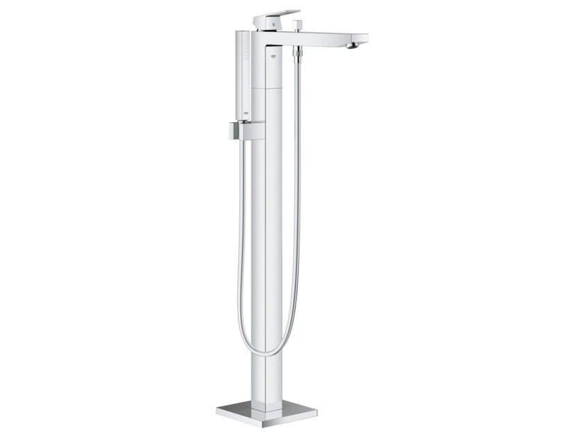 Miscelatore per vasca / doccia monocomando con doccetta EUROCUBE | Miscelatore per vasca da terra by Grohe