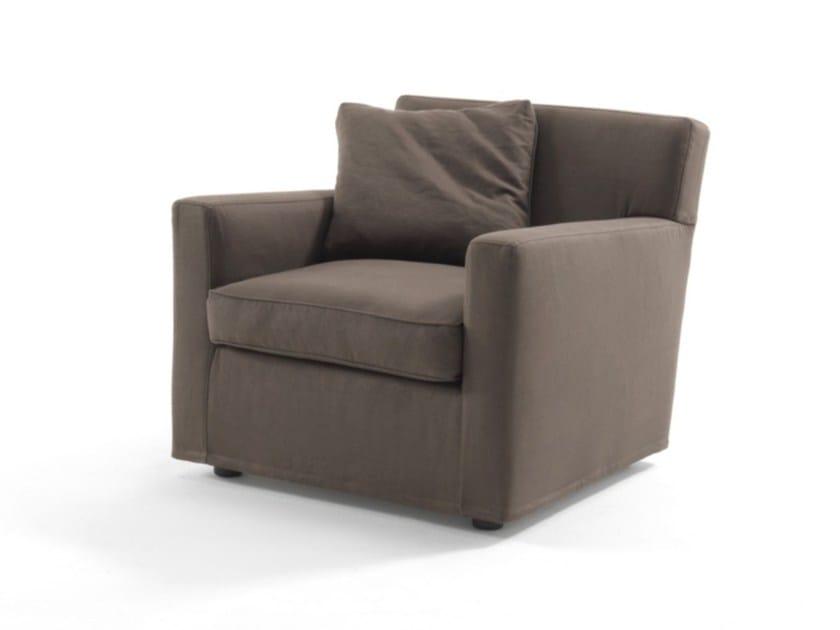 Fabric armchair with armrests EVA by Frigerio Salotti