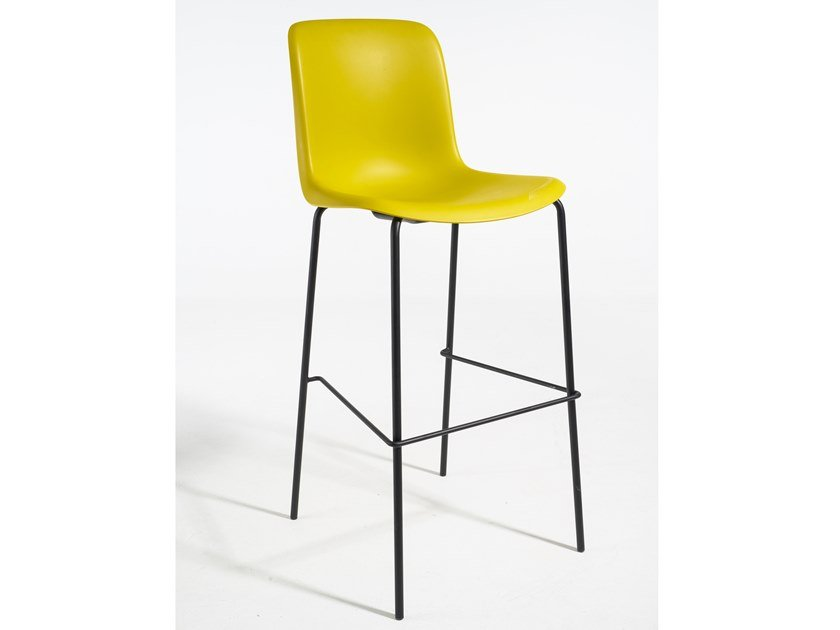 High polypropylene stool with back EVERY | High stool by Grado Design