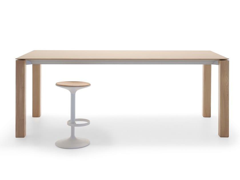 Tavolo alto rettangolare in rovere EXTRA HIGH TABLE ME 01146 by Andreu World