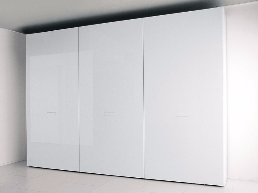 Lacquered laminate wardrobe with coplanar doors EXTRA | Wardrobe with coplanar doors by Composit