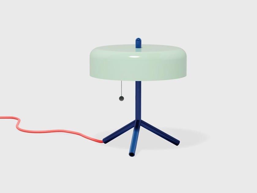 Lampada da tavolo F/K/A by Matter Made