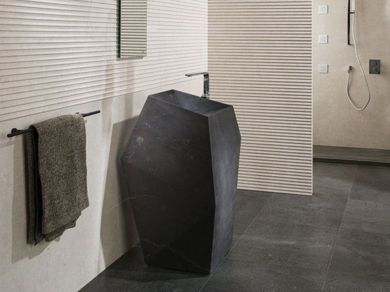 Freestanding natural stone washbasin FACES | Freestanding washbasin by L'antic Colonial