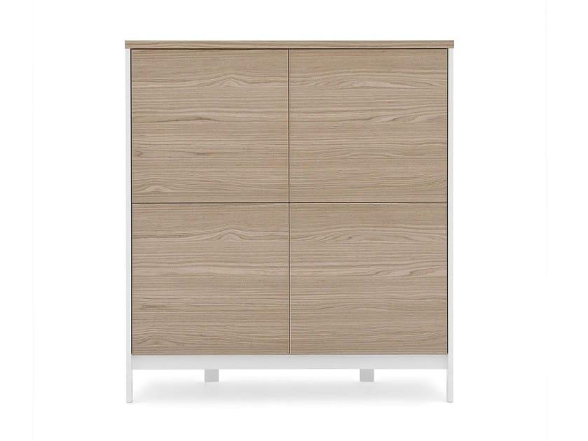 Credenza in derivati del legno in stile moderno con ante a battente FACTORY | Credenza by Calligaris