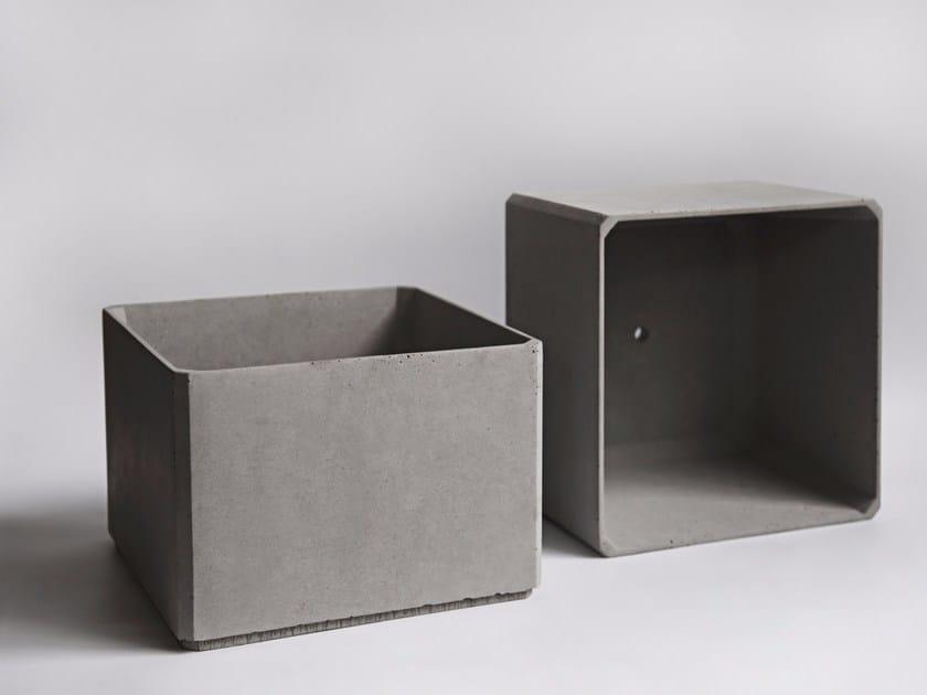 Concrete plant pot FANG by Bentu Design