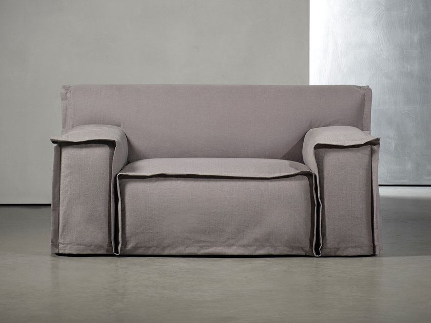Fabric small sofa FEDDE LIVING | Small sofa by Piet Boon