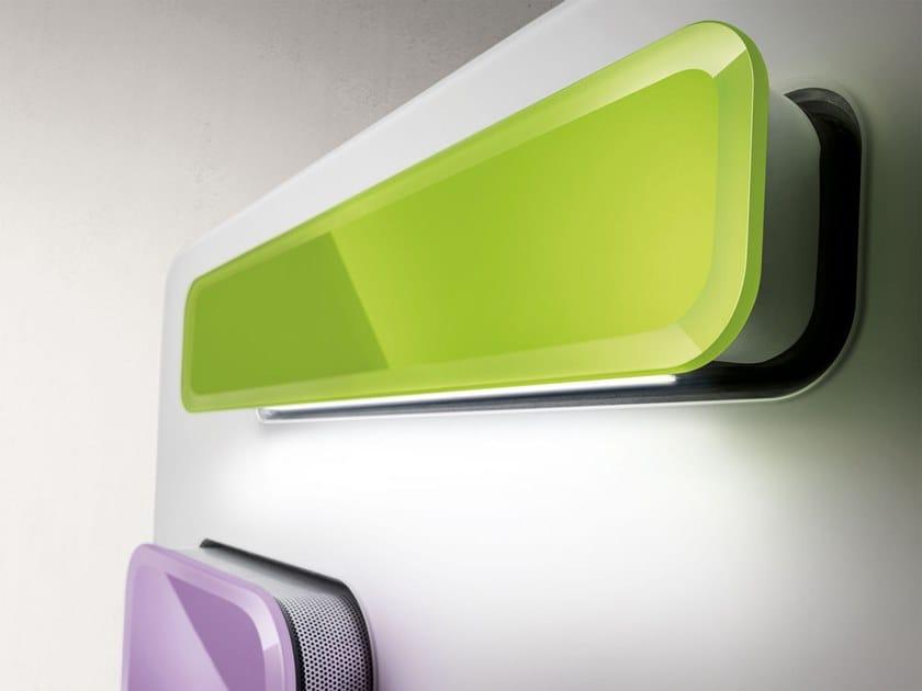 Dunstabzugshaube aus glas zur wandmontage feel by elica design