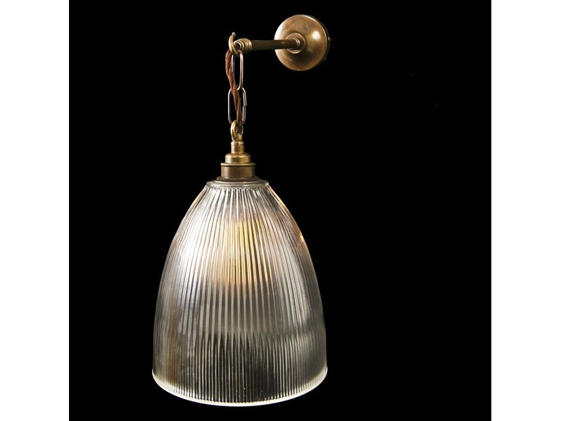 Direct light handmade brass reading lamp with fixed arm FEND PRISMATIC WALL LIGHT by Mullan Lighting