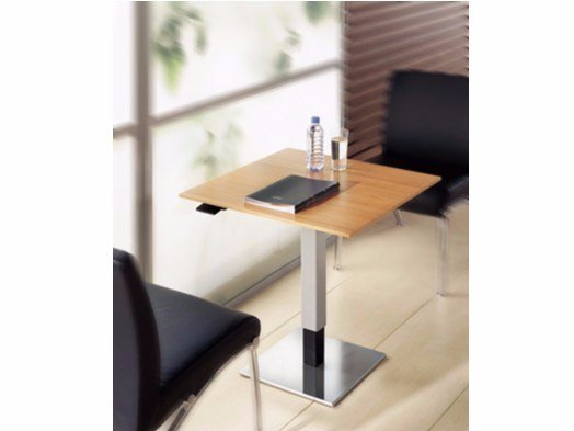 Height-adjustable square coffee table FF | Height-adjustable coffee table by BALMA
