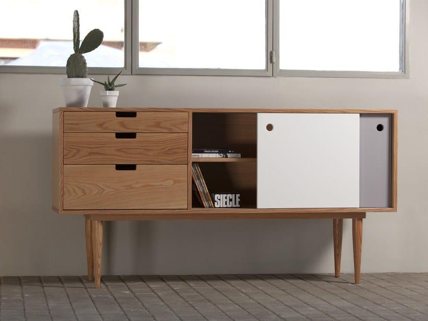Lacquered sideboard FIDAR | Oak sideboard by Kann Design