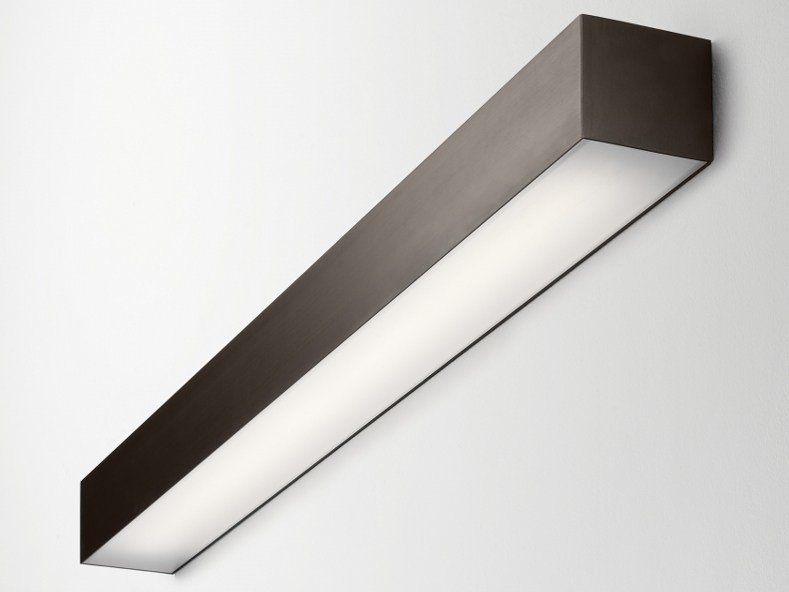 Extruded aluminium wall lamp FILE 2   Wall lamp by LUCIFERO'S