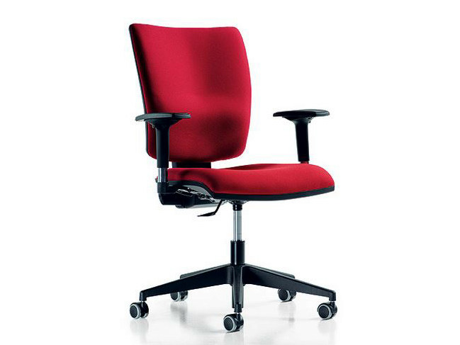 Task chair with 5-Spoke base with armrests FIVE | Task chair with casters by Diemme