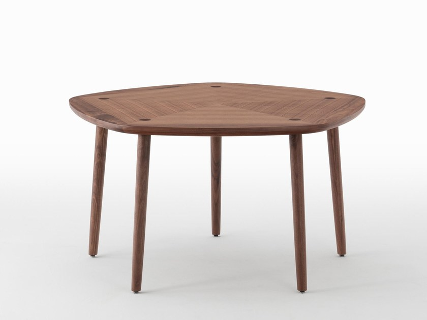 Walnut dining table FIVE | Walnut table by MEETEE
