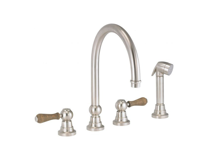 Countertop kitchen mixer tap with pull out spray FLAMANT BUTLER | Kitchen mixer tap with pull out spray by rvb