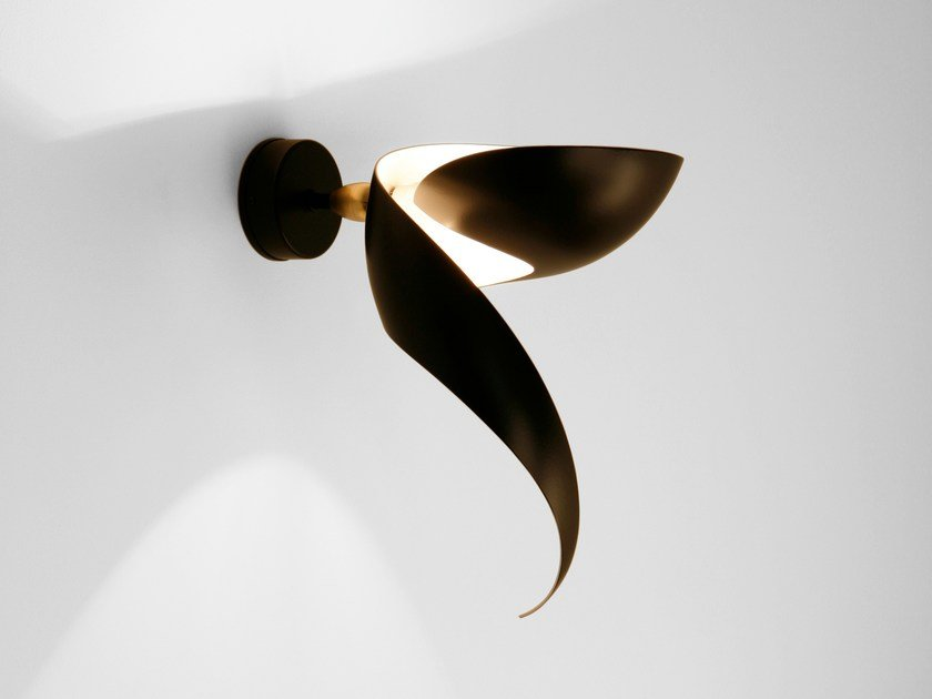 Direct-indirect light metal wall light FLAMME by Serge Mouille