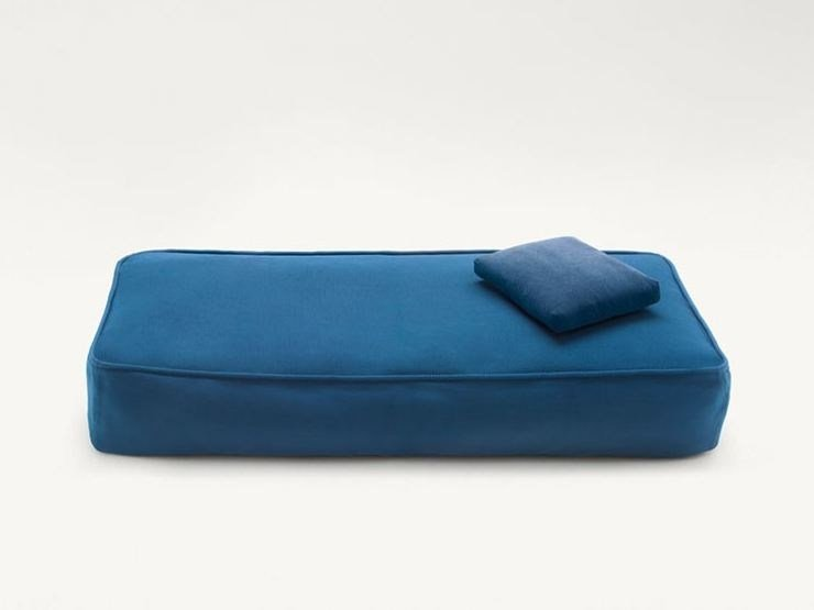Fabric garden daybed FLOAT | Garden daybed by paola lenti
