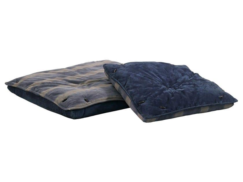 Polyurethane floor cushion FLOOR PILLOWS by Gamma Arredamenti