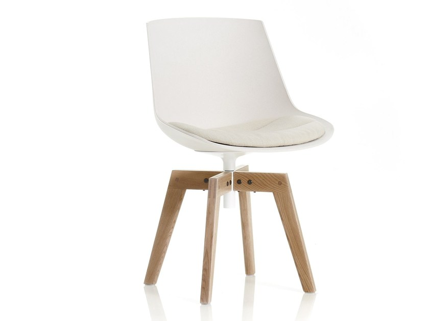 Trestle-based natural fibre chair with integrated cushion FLOW ECO by MDF Italia