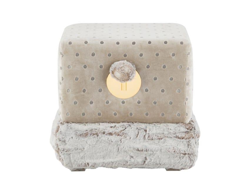 Upholstered square velvet pouf FLOX by Green Apple