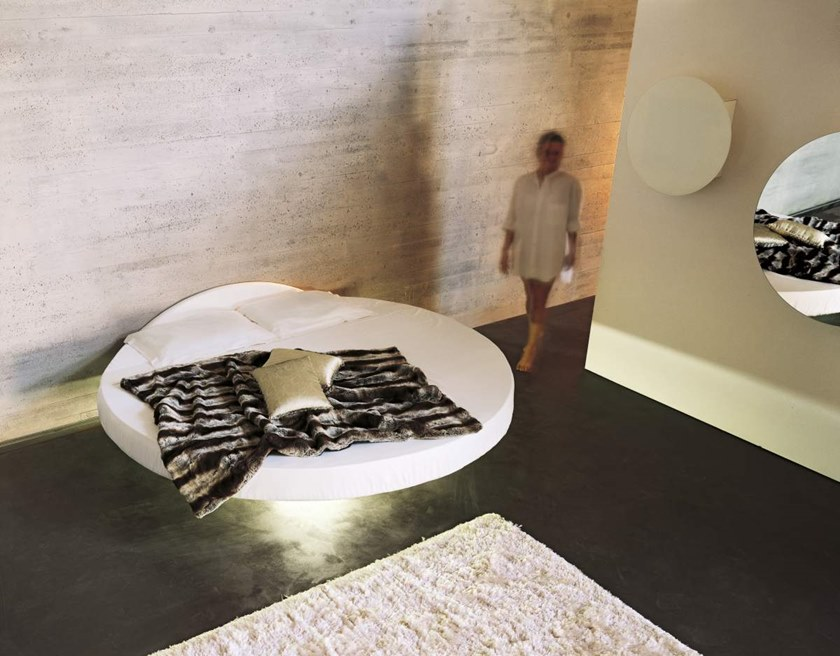 FLUTTUA | Round bed By Lago design Daniele Lago