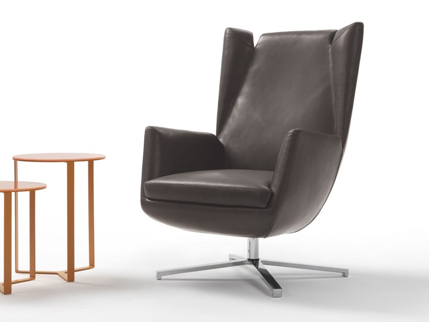 Leather armchair with 4-spoke base with armrests FLY   Armchair with 4-spoke base by Marelli