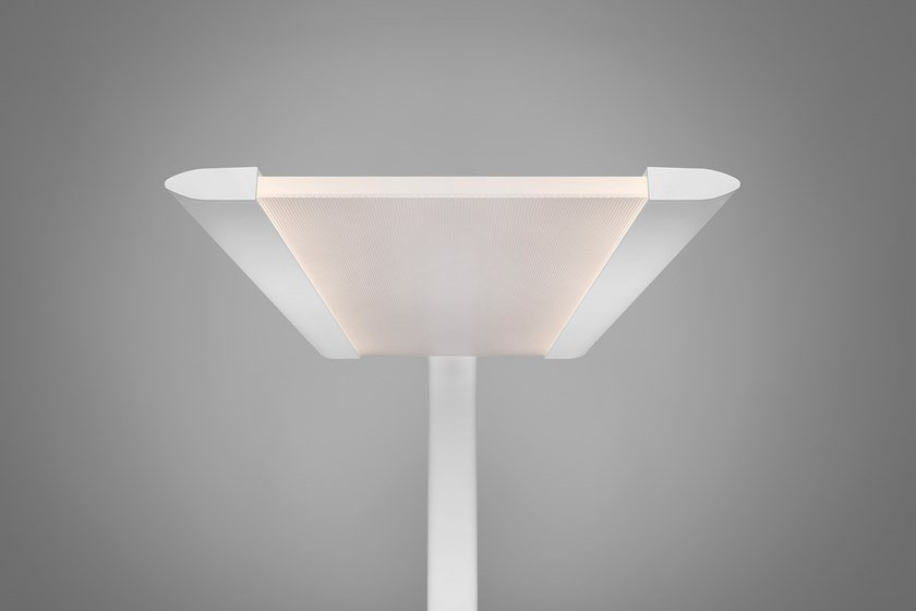 Lampadaire Led En Aluminium Fly By Quadrifoglio Design Moreno De Giorgio