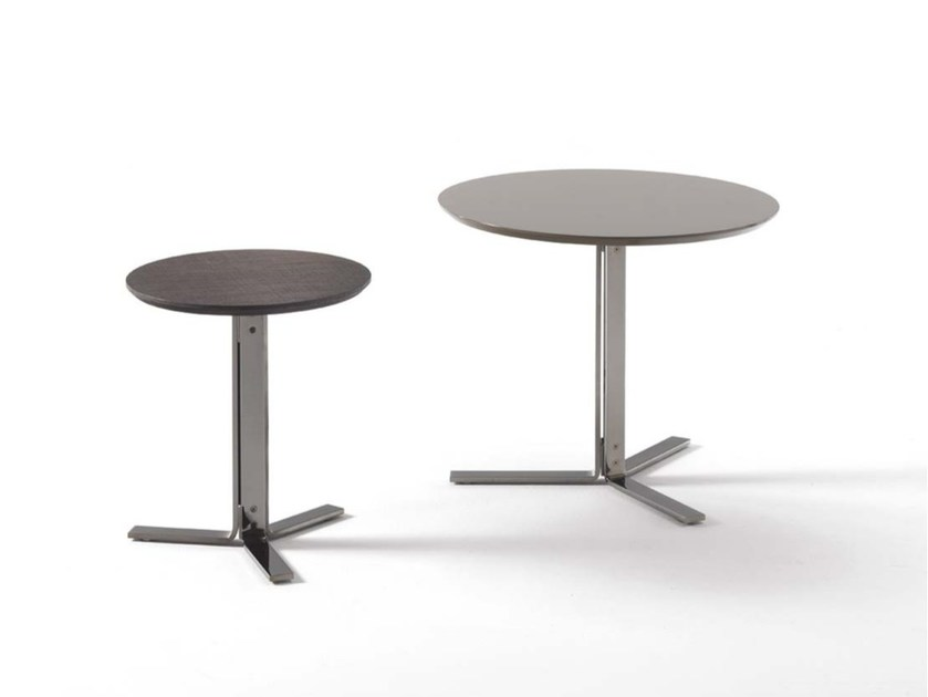 Round wooden coffee table FLY | Round coffee table by Frigerio Salotti