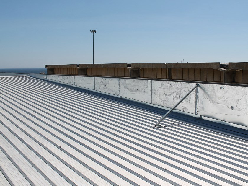 Insulated metal panel for roof FOAMROOF 5 by RW Panel