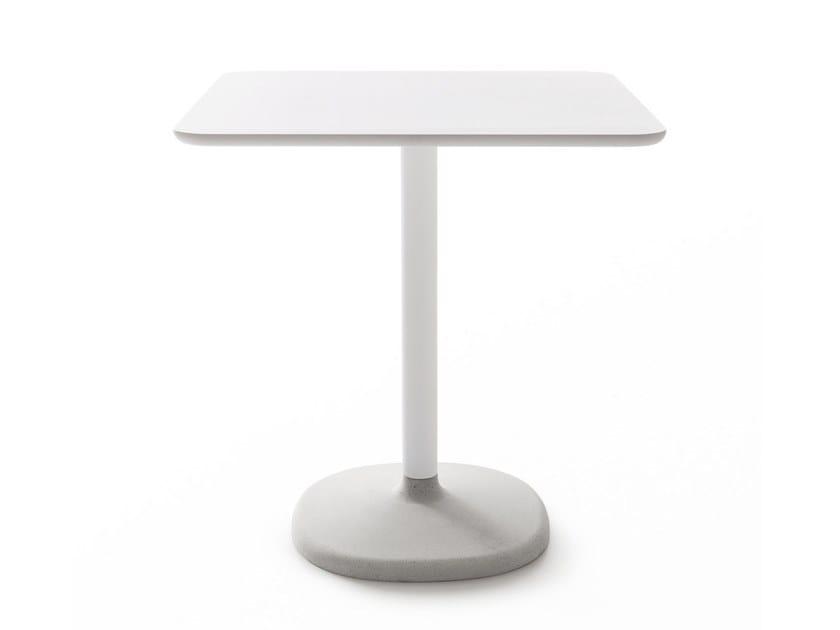 Square table FONDA | Square table by B-LINE