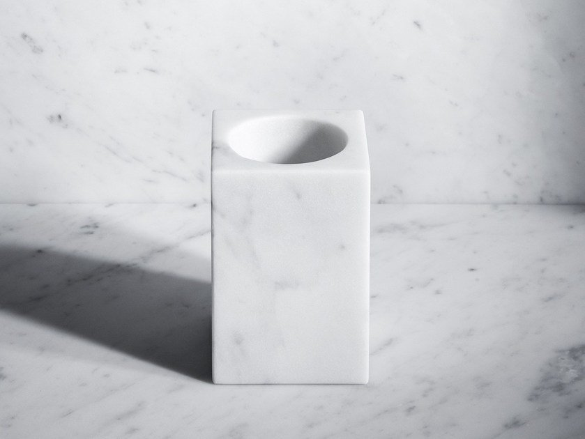 Countertop marble toothbrush holder FONTANE BIANCHE | Toothbrush holder by SALVATORI