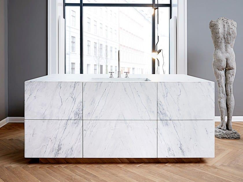 Marble kitchen FORM 45 - STATUARIO VENATO MARBLE by Multiform