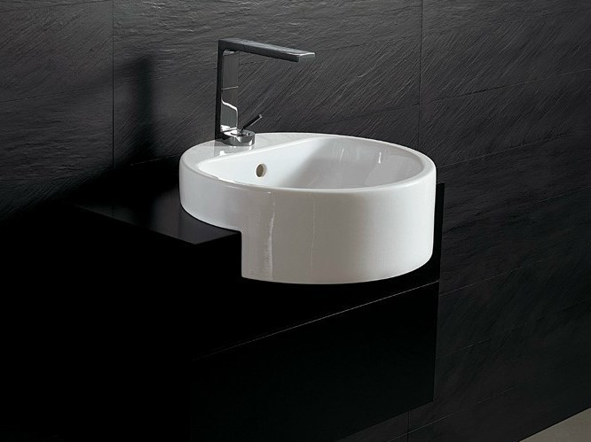 Semi-inset round ceramic washbasin FORM 46 ROUND | Semi-inset washbasin by Alice Ceramica