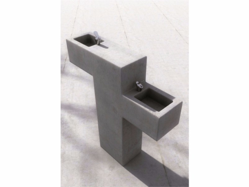 Concrete Drinking fountain FORM | Drinking fountain by SIT