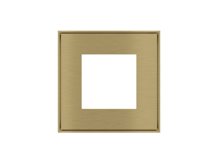 Wall plate FORM Square plate by Ekinex