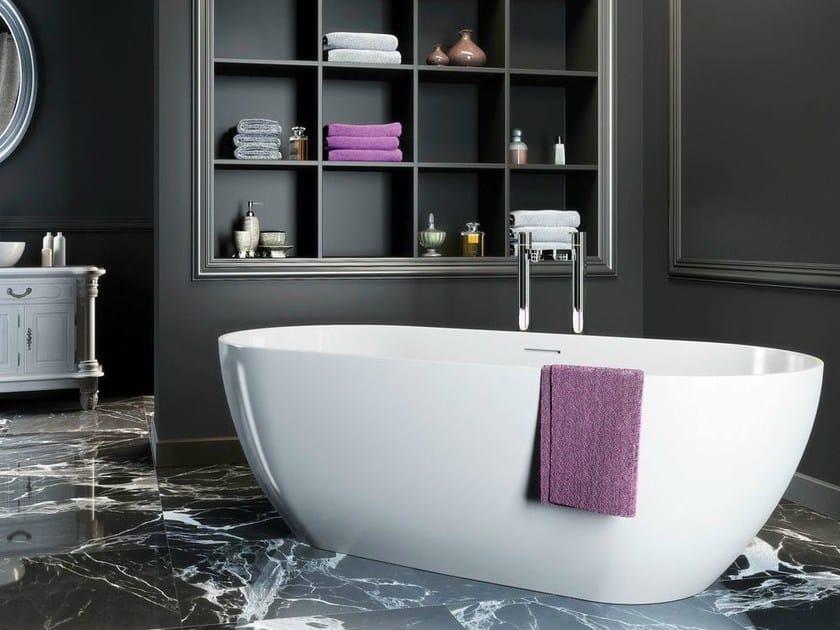 Freestanding oval bathtub FORMOSO | Bathtub by Polo