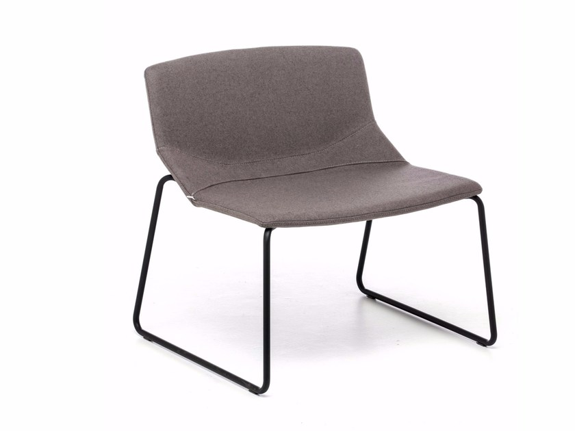 Sled base upholstered fabric easy chair FORMULA SLIM LO-SL by arrmet