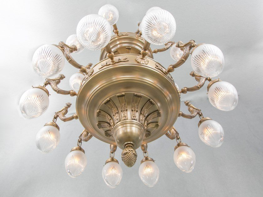 Handmade brass chandelier FORTUNA 24 | Chandelier by Patinas Lighting