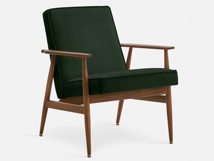 Upholstered velvet easy chair with armrests FOX VELVET | Easy chair by 366 Concept s.c.