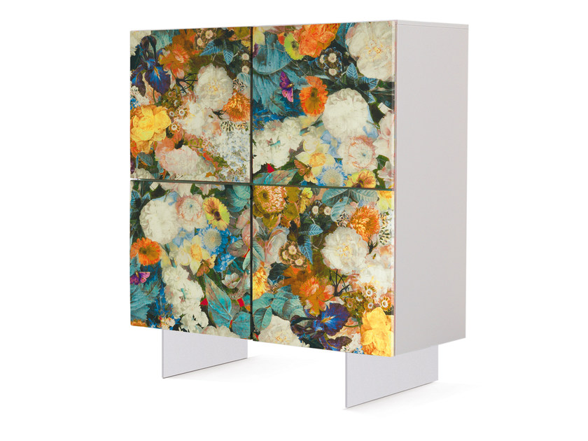 Lacquered highboard with doors FLORA | Highboard by Oliver B.