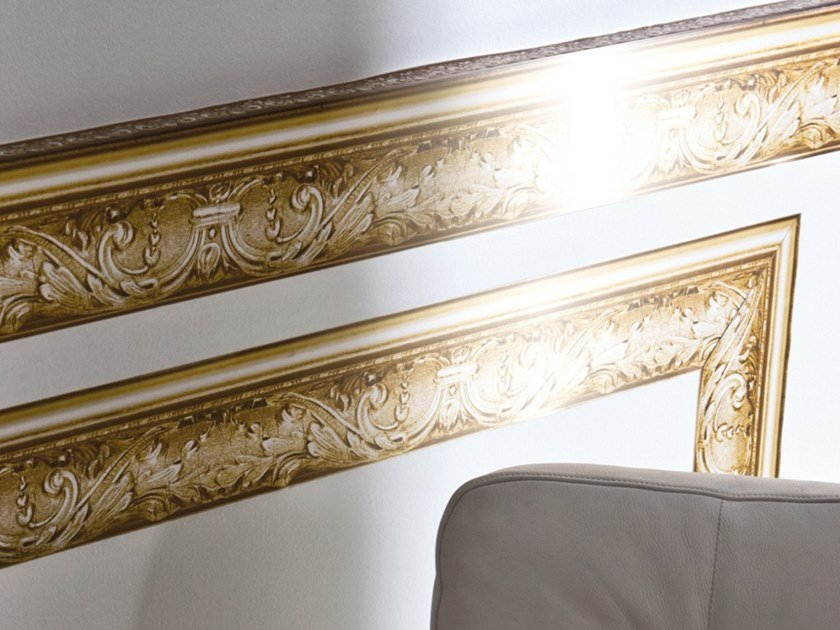 Washable wallpaper GOLDEN FRAME FRIEZE by Koziel