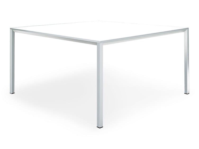 FRAME | Tavolo quadrato