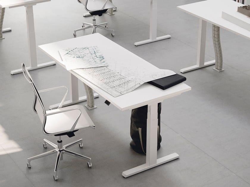 Scrivania ad altezza regolabile rettangolare FRAMEWORK 2.0 - LIFT-UP by FANTONI