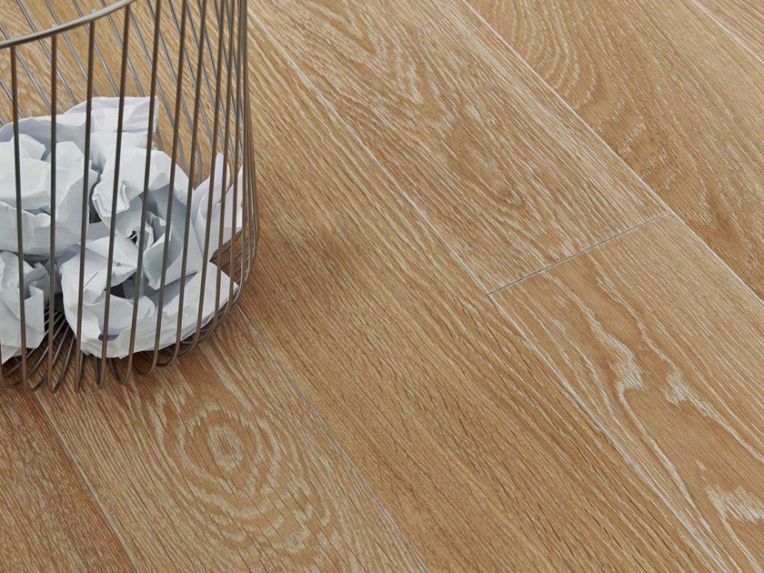 Engineered wood floor FRENCH OAK CLASSIC PLATINE DIVA 139 by PANAGET
