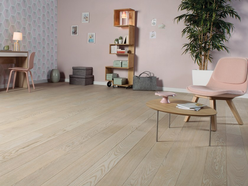 Engineered wood floor FRENCH OAK CLASSIC SAPHIR DIVA 139 by PANAGET