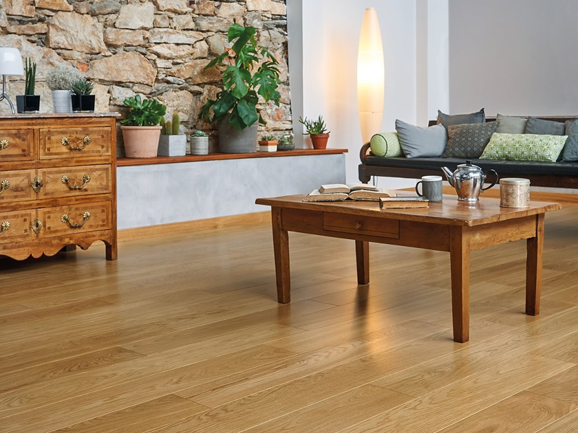Engineered wood floor FRENCH OAK CLASSIC SATIN DIVA 184 by PANAGET