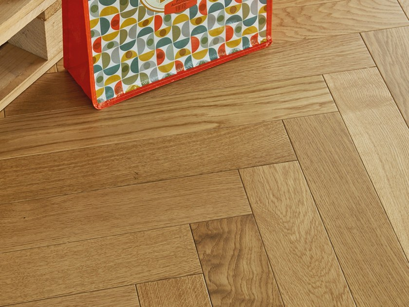 Engineered wood floor FRENCH OAK MIXED SATIN HERRINGBONE 90 by PANAGET